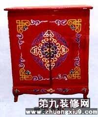 装修家居网    蒙古家具的装饰风格与西藏家具有一定共同