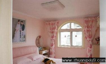 家庭室内装修设计图片之卧室装修图片:温馨卧室实景图窗帘,