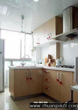 家庭室内装修设计图片之餐厅装修图片:现代餐厅实景图橱柜,