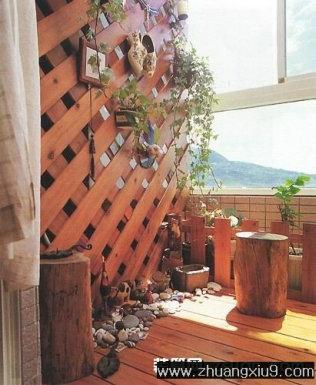 家庭室内装修设计图片之阳台装修图片:实木装饰阳台装修图
