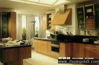 欧式大户型厨房实景图暖色橱柜_厨房装修效果图_第九