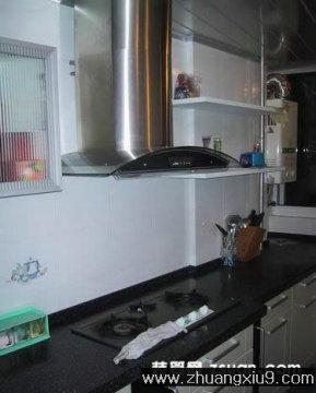 家庭室内装修设计图片之厨房装修图片:温馨厨房实景图橱柜,
